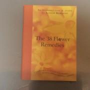 38floweressencebook